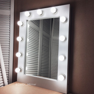 Гримерное зеркало с лампочками JenDi 60x80 White 1