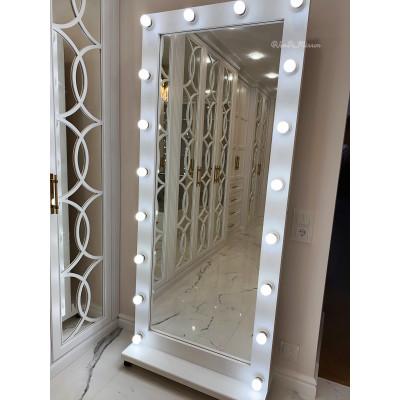Гримерное зеркало с лампочками на подставке с колесами JenDi 180х80 см Белое