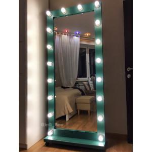 Гримерное зеркало с лампочками на подставке с колесами JenDi 180х80 см Изумрудное